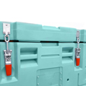 2 embedded and sealable latches